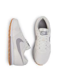 Beżowe półbuty Nike na co dzień, z cholewką
