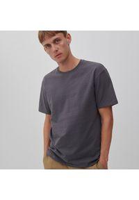 Reserved - T-shirt basic z bawełny - Niebieski. Kolor: niebieski. Materiał: bawełna