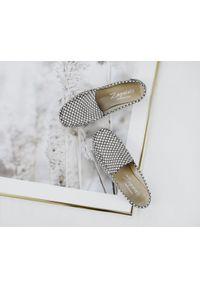 Szare półbuty Zapato klasyczne, bez zapięcia