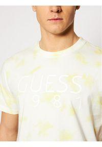 Guess T-Shirt M1RI62 K8FQ0 Żółty Slim Fit. Kolor: żółty