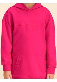 Różowa bluza Guess