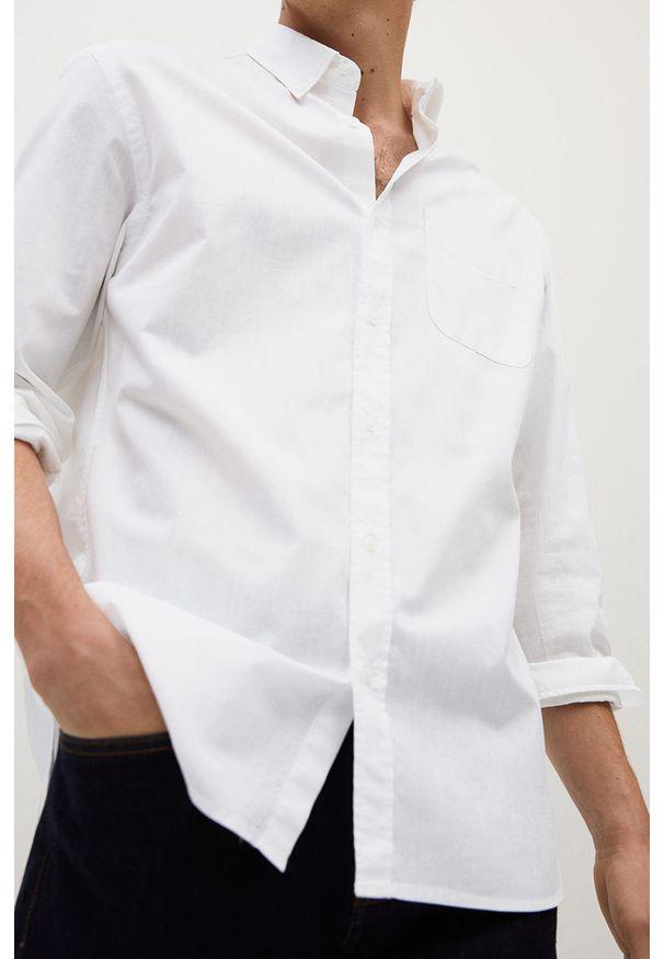 Biała koszula Mango Man na co dzień, długa, casualowa