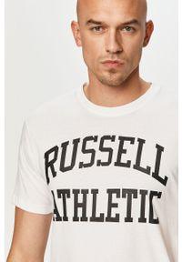 Russell Athletic - T-shirt. Okazja: na co dzień. Kolor: biały. Materiał: dzianina. Wzór: nadruk. Styl: casual
