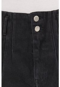 Answear Lab - Szorty jeansowe. Okazja: na co dzień. Kolor: czarny. Materiał: jeans. Styl: wakacyjny