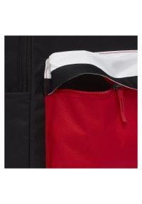 Plecak sportowy Nike Heritage 2.0 20L CT5224. Materiał: poliester, materiał. Wzór: aplikacja. Styl: sportowy