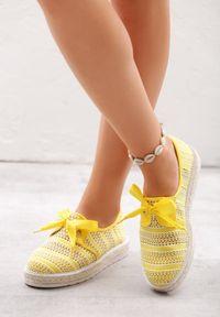 Żółte espadryle Born2be