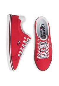 Czerwone trampki Tommy Jeans