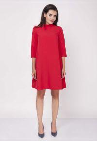 Czerwona sukienka z falbanami Nommo z falbankami, wizytowa