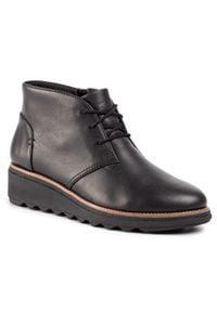 Clarks - Botki CLARKS - Sharon Hop 261471214 Black Leather. Okazja: na co dzień, na spacer. Kolor: czarny. Materiał: skóra. Szerokość cholewki: normalna. Sezon: jesień, zima. Obcas: na obcasie. Styl: casual. Wysokość obcasa: średni