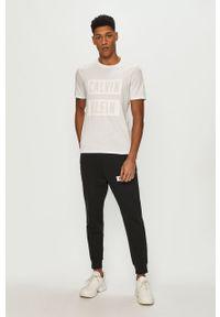 Czarne spodnie dresowe Calvin Klein Performance gładkie