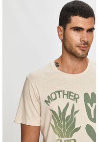T-shirt Levi's® z nadrukiem, na co dzień, casualowy, z okrągłym kołnierzem
