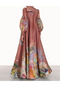 ZIMMERMANN - Suknia z wiązaniem przy szyi. Kolor: różowy, wielokolorowy, fioletowy. Materiał: jedwab, len. Wzór: aplikacja, nadruk. Długość: maxi