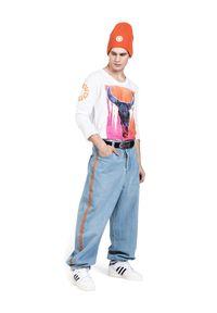 ROBERT KUPISZ - Biały t-shirt NOW SIGNATURE LONGSLEEVE. Kolor: biały. Materiał: bawełna, jeans. Długość rękawa: długi rękaw. Długość: długie. Wzór: nadruk