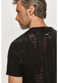 Czarny t-shirt Desigual na co dzień, casualowy