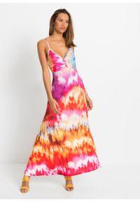 Długa sukienka bonprix czerwono-różowo-lila z nadrukiem. Kolor: czerwony. Wzór: nadruk. Sezon: lato. Długość: maxi
