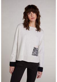 Beżowy sweter casualowy, długi