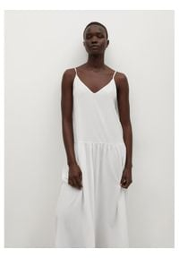 mango - Mango Sukienka letnia Salma 87039036 Biały Regular Fit. Kolor: biały. Sezon: lato