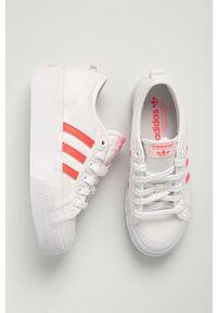 adidas Originals - Tenisówki Nizza Platform W. Nosek buta: okrągły. Zapięcie: sznurówki. Kolor: biały. Materiał: guma. Obcas: na platformie