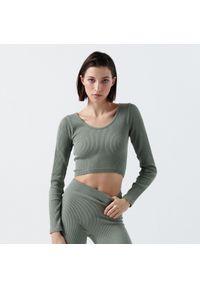 Cropp - Dopasowana bluzka z prążkowanej tkaniny - Zielony. Kolor: zielony. Materiał: prążkowany, tkanina
