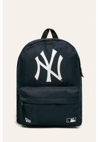 Niebieski plecak New Era z nadrukiem
