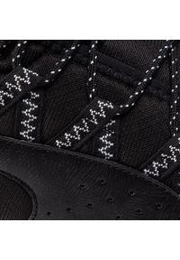 Czarne buty do biegania Puma z cholewką
