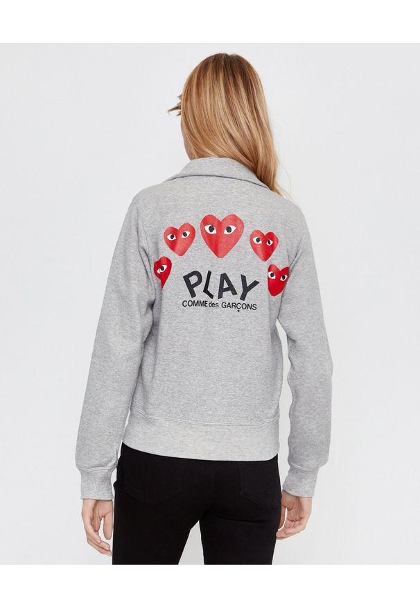 COMME DES GARCONS PLAY - Szara bluza z sercami. Okazja: na spacer. Kolor: szary. Materiał: dresówka. Styl: klasyczny