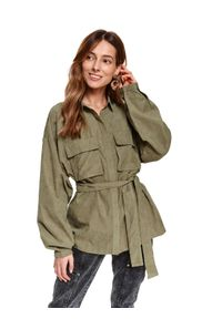 TOP SECRET - Dłuższa koszula oversize z naszywanymi kieszeniami. Kolor: brązowy. Materiał: jeans. Długość: długie. Sezon: wiosna