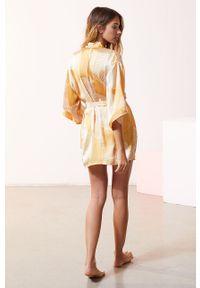 Żółty szlafrok Etam