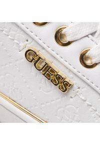 Białe buty sportowe Guess z cholewką, na płaskiej podeszwie