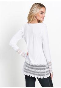 Długi shirt z koronką bonprix biel wełny. Kolor: biały. Materiał: koronka, wełna. Długość: długie. Wzór: koronka