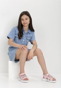 Born2be - Niebieski Kombinezon Pethanthei. Kolor: niebieski. Materiał: jeans. Długość rękawa: krótki rękaw. Sezon: lato. Styl: klasyczny #4