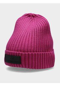 Różowa czapka zimowa 4f