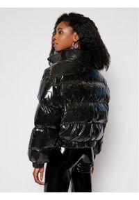 Chiara Ferragni Kurtka puchowa CFD019 Czarny Oversize. Kolor: czarny. Materiał: puch