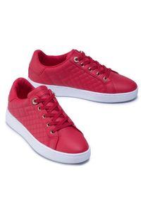 Czerwone buty sportowe Guess