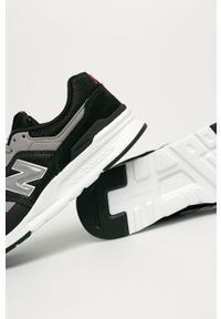 Czarne sneakersy New Balance z okrągłym noskiem, z cholewką, na sznurówki