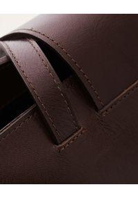 BALAGAN - Brązowa skórzana torba Isha. Kolor: brązowy. Materiał: skórzane. Styl: biznesowy