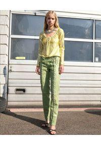 SAKS POTTS - Zielone spodnie Christina. Stan: podwyższony. Kolor: zielony. Wzór: aplikacja