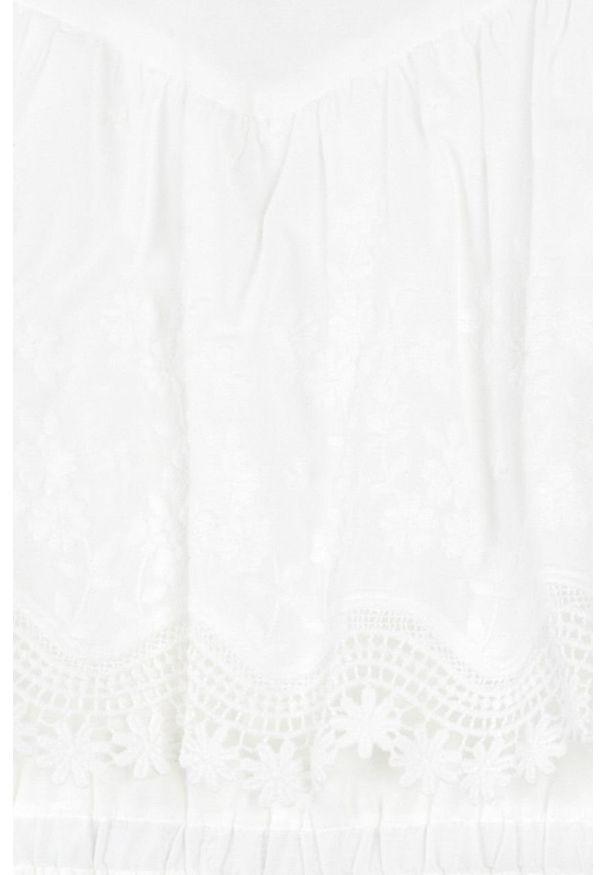 Kremowa sukienka Mayoral plisowana, z okrągłym kołnierzem