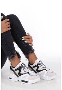 Casu - Białe buty sportowe sneakersy sznurowane casu 180816. Okazja: na co dzień, na uczelnię, do pracy. Zapięcie: sznurówki. Kolor: biały. Materiał: skóra ekologiczna, materiał. Szerokość cholewki: normalna