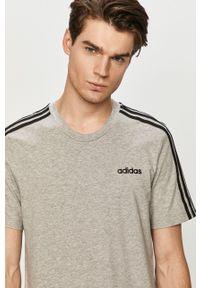 Szary t-shirt Adidas casualowy, na co dzień