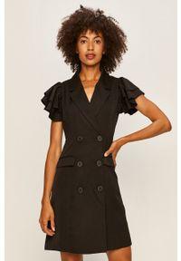 Vero Moda - Sukienka. Okazja: na co dzień. Kolor: czarny. Materiał: tkanina. Długość rękawa: krótki rękaw. Typ sukienki: proste. Styl: casual