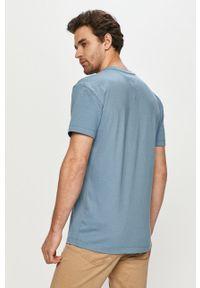 Niebieski t-shirt Tommy Jeans na co dzień, casualowy, z nadrukiem