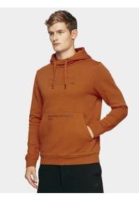 4f - Bluza męska. Okazja: na co dzień. Typ kołnierza: kaptur. Kolor: pomarańczowy. Materiał: materiał, dzianina, bawełna. Styl: casual