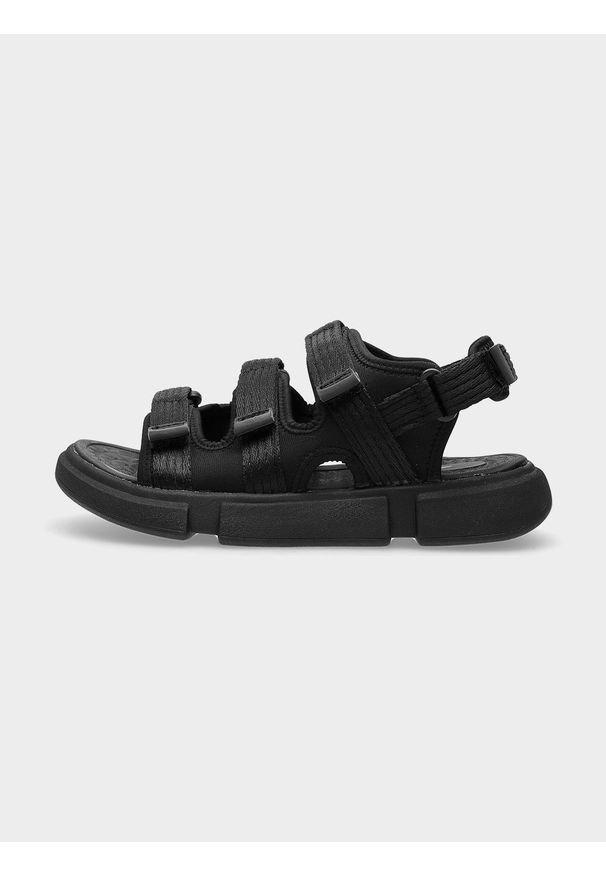 4f - Sandały damskie. Nosek buta: otwarty. Zapięcie: rzepy. Kolor: czarny. Materiał: syntetyk, guma, materiał. Sezon: lato