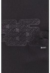 BOSS - Boss - Longsleeve. Okazja: na co dzień. Kolor: czarny. Materiał: poliester. Długość rękawa: długi rękaw. Wzór: aplikacja. Styl: casual