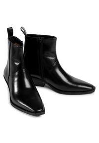Czarne botki vagabond