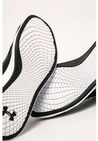 Czarne buty sportowe Under Armour z cholewką, na sznurówki, z okrągłym noskiem