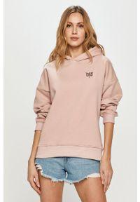 Różowa bluza z kapturem, gładkie