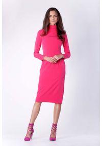 Różowa sukienka wizytowa Nommo prosta, midi