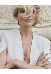 MOKOBELLE - Naszyjnik mix pięciu zawieszek z szafirami i naturalną perłą. Materiał: srebrne, pozłacane, złote. Kolor: złoty. Kamień szlachetny: szafir, perła